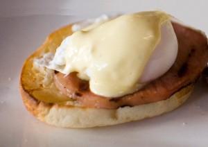 Microwave Eggs Benedict