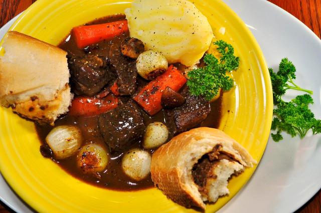 Beef Burguignonne